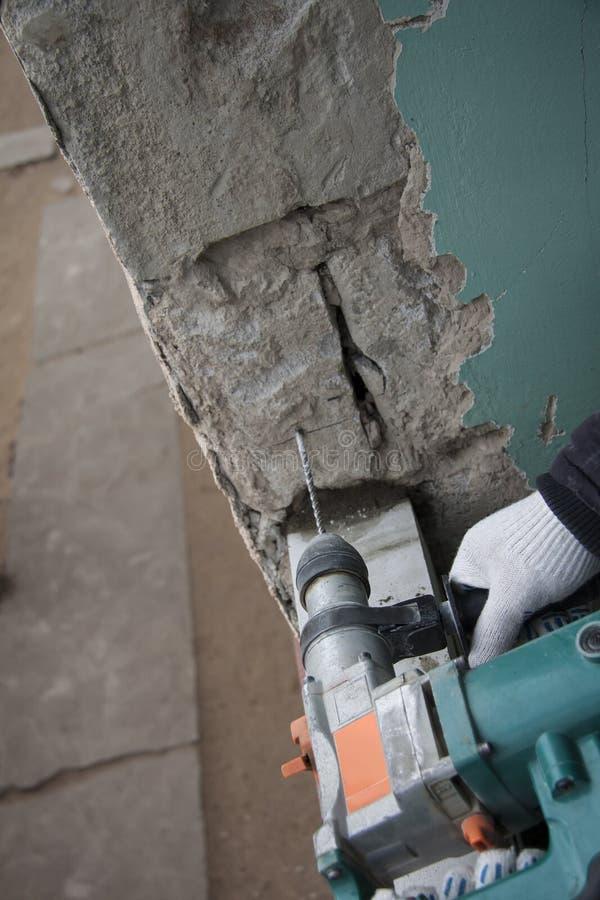 Ремонт и конструкция работая внутри помещения Щебень и камни предпосылки Grunge стоковые фотографии rf