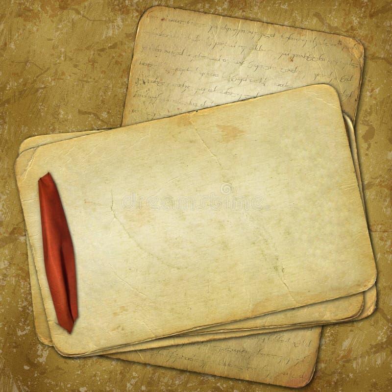 Grunge alte Papiere für Auslegung mit rotem Farbband lizenzfreie abbildung