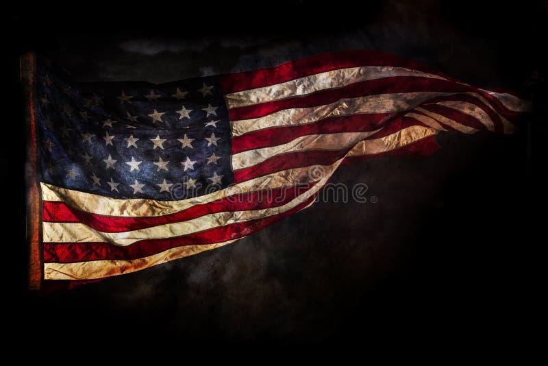 Grunge amerikanische Flagge lizenzfreie stockfotografie