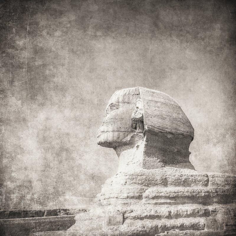 Grunge bild av sphynx och pyramiden royaltyfri bild