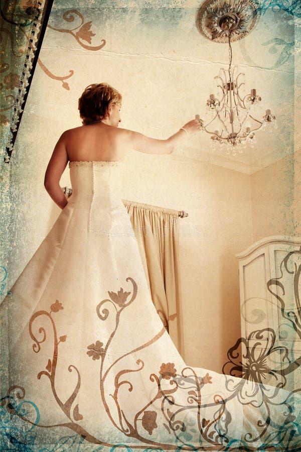 Grunge Braut im Weiß in römischem lizenzfreies stockfoto