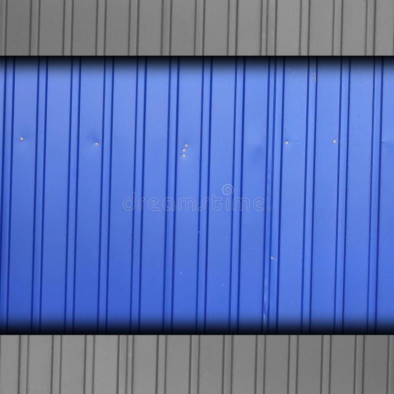 Grunge de la pared del fondo de la raya azul de la cerca del hierro fotografía de archivo