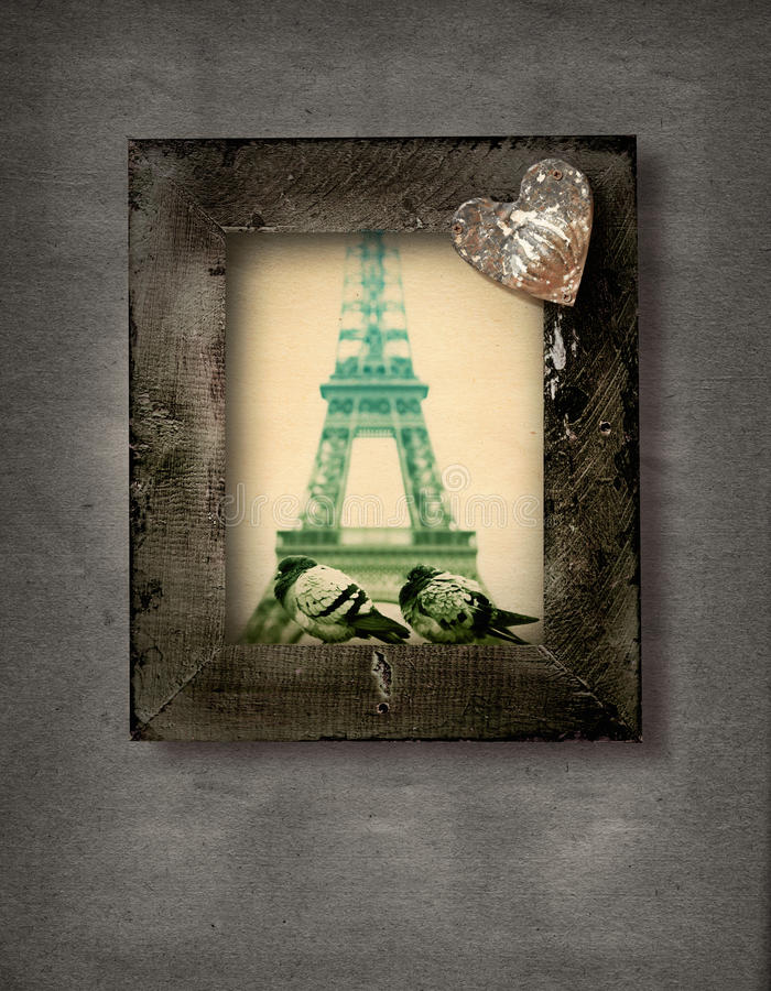 Grunge frame with doves and Eiffel Tower royalty free illustration