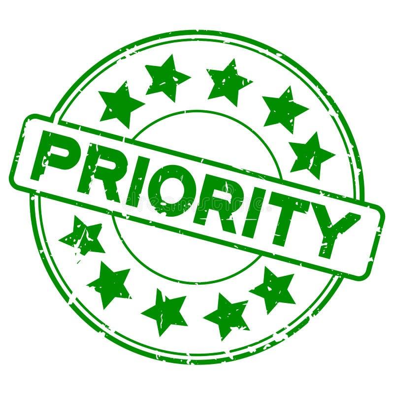 Grunge groene prioriteit die om rubberzegel op witte achtergrond verwoorden vector illustratie