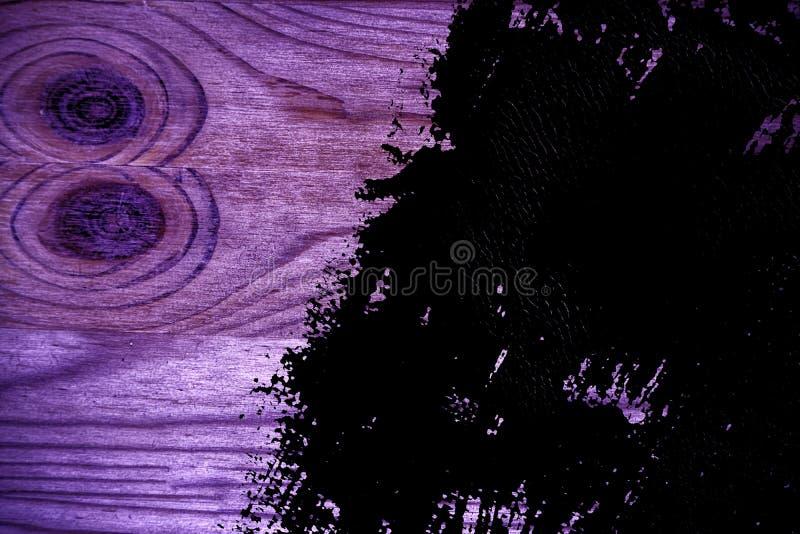 Grunge ultra purpere Houten textuur, scherpe raadsoppervlakte voor ontwerpelementen stock foto's