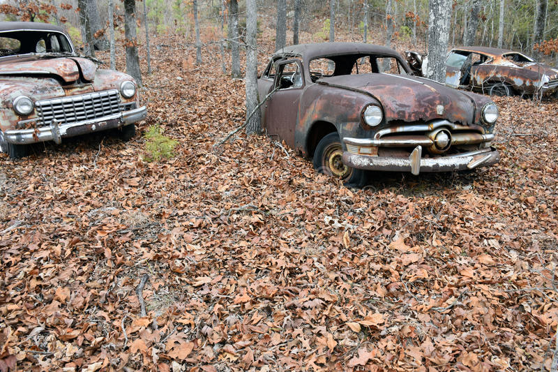 Grunge velho Rusty Vintage Cars foto de stock