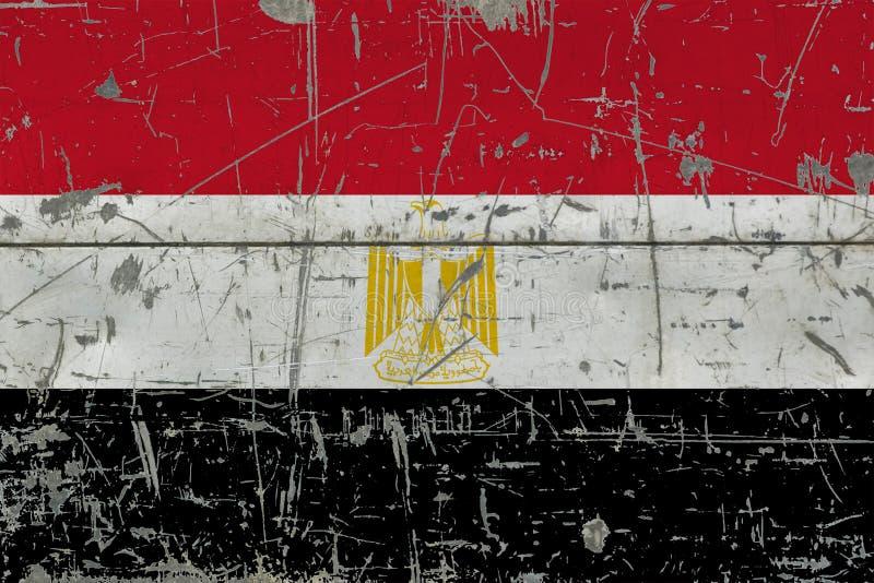 GrungeEgypten flagga på gammal skrapad träyttersida Nationell tappningbakgrund royaltyfria foton