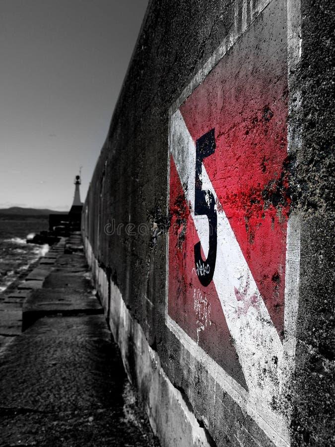 grungehamnvägg royaltyfria foton
