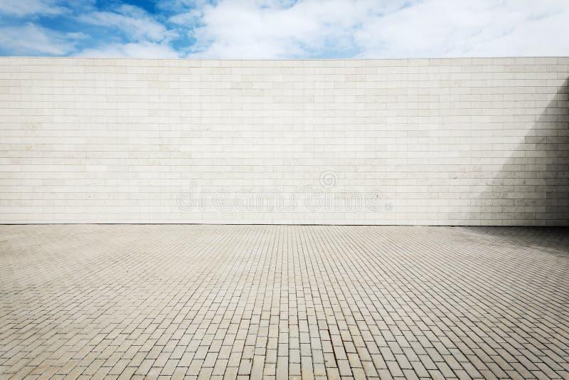 Grungy стена улицы стоковая фотография rf