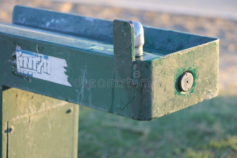 Grungy фонтан стоковые фотографии rf
