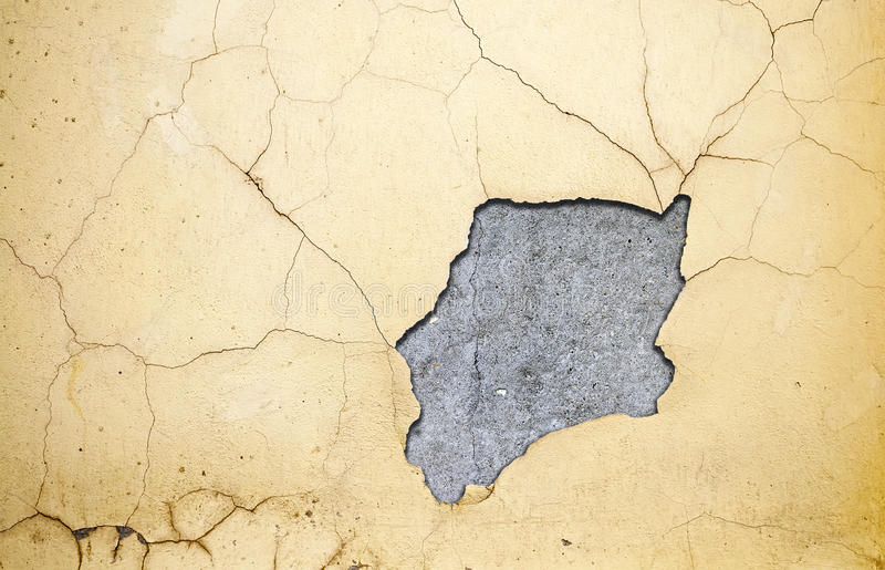 Grungy Wand mit defektem Stuck lizenzfreie stockfotos