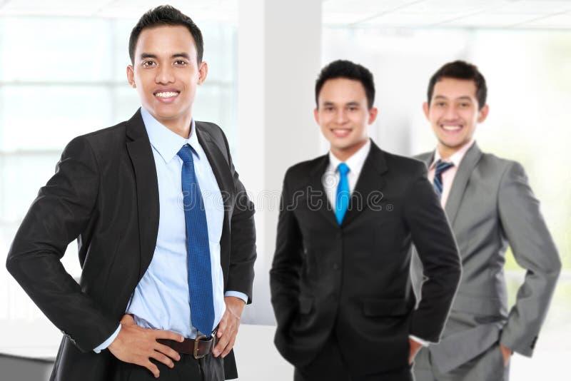 Grupa azjatykci młody biznesmen fotografia stock
