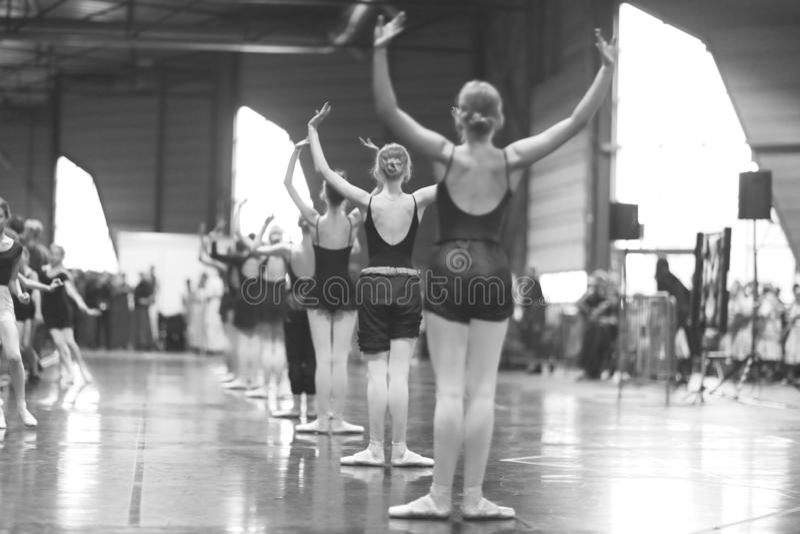 Grupa baletniczy tancerze obrazy royalty free