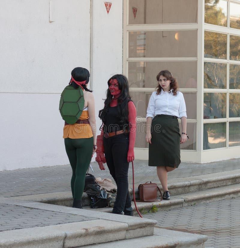 Grupa cosplayers ubierał jako charaktery od filmu przy Animefes zdjęcie stock