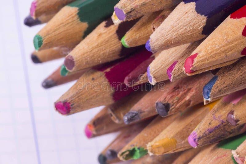 Grupa kolorów ołówków tło obrazy royalty free