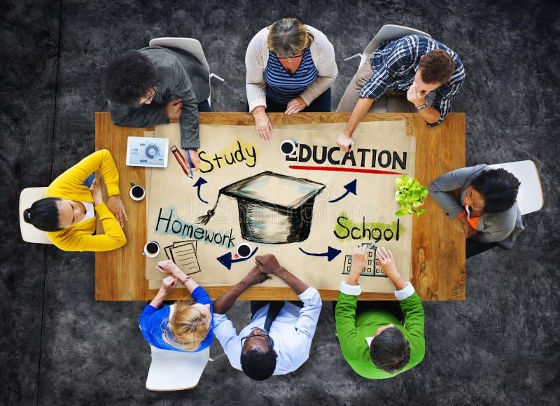 Grupa Ludzi z edukaci pojęciem zdjęcia stock