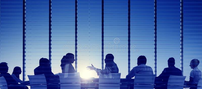 Grupa ludzie biznesu Spotyka Z powrotem Zaświecającego pojęcie zdjęcia stock