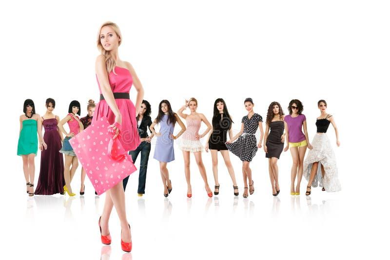 Grupa młode kobiety odizolowywać zdjęcia stock