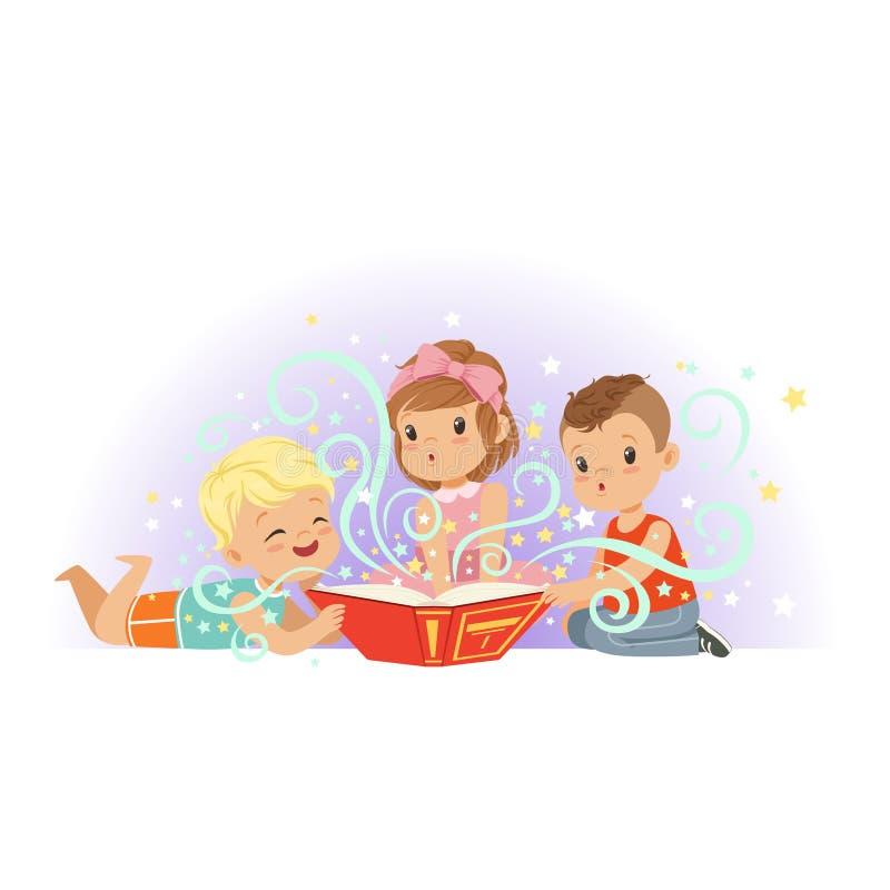 Grupa małe dzieci, chłopiec i dziewczyny magii czytelnicza książka bajki, Kreskówek dzieci charaktery z bajecznie ilustracji