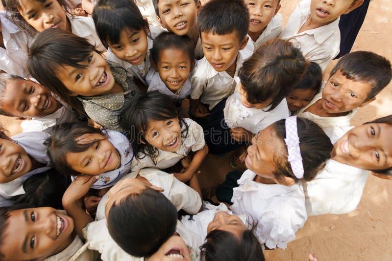Grupo camboyano alegre del niño fotos de archivo libres de regalías