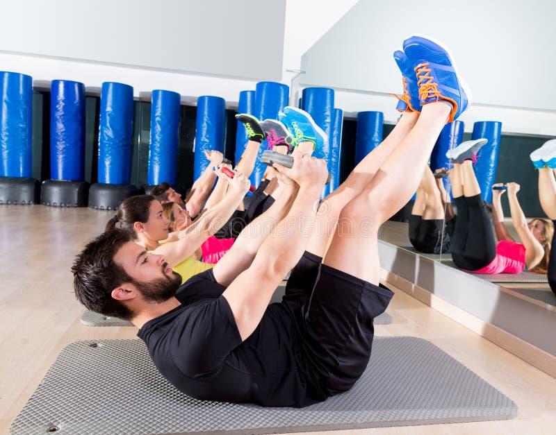 Grupo central de formação da placa abdominal no gym fotografia de stock royalty free