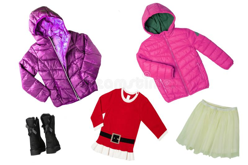 Grupo da colagem de roupa das crianças Roupa do outono e do verão da mola do conceito Isolado no branco Fim acima fotos de stock
