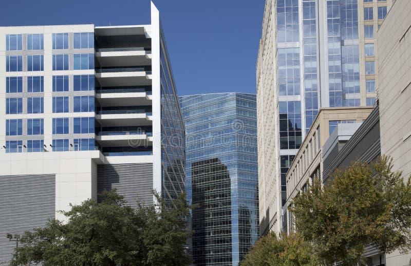 Grupo de arquitectura moderna en la ciudad Dallas Texas los E.E.U.U. fotografía de archivo libre de regalías