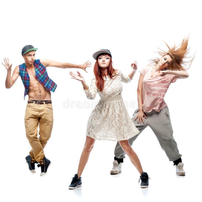 Grupo De Bailarines Jovenes Del Hip-hop En El Fondo Blanco Imagen de ...