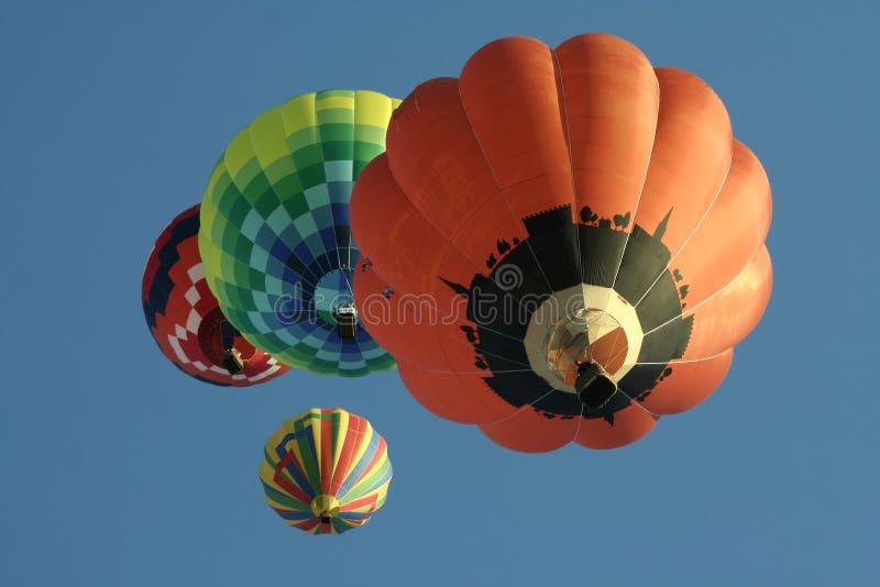 Grupo de balões de ar quente imagens de stock royalty free