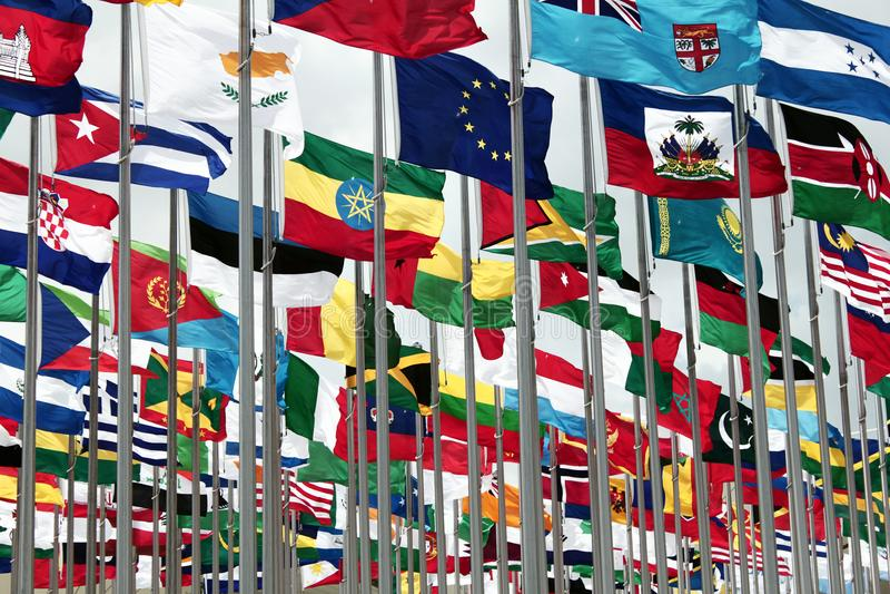 Grupo de bandeiras internacionais foto de stock