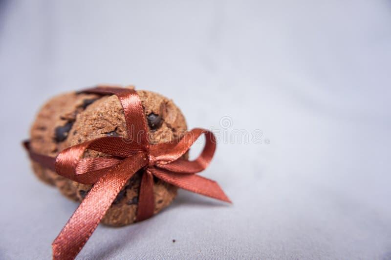 Grupo de bolinhos de microplaqueta de chocolate imagens de stock royalty free