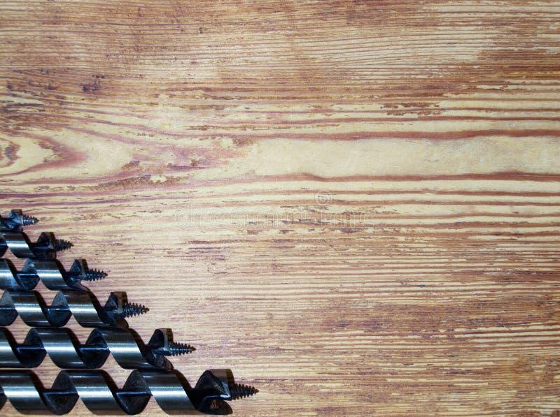 Grupo de brocas para trabalhar com madeira foto de stock
