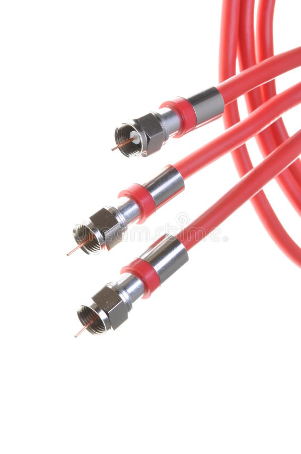 Grupo de cabos coaxiais vermelhos com conectores imagem de stock royalty free