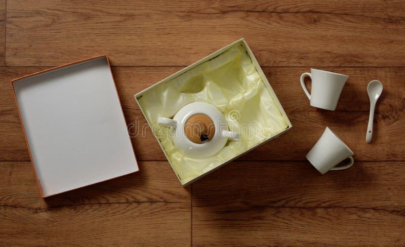 Grupo de café branco da porcelana - produto italiano imagens de stock royalty free