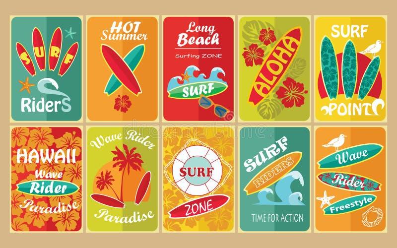 Grupo de cartazes tipográficos surfando retros para ilustração royalty free
