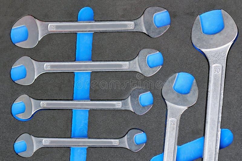 Grupo de chaves manuais de vários tamanhos imagem de stock