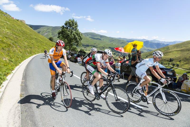 Grupo de ciclistas amadores foto de stock royalty free