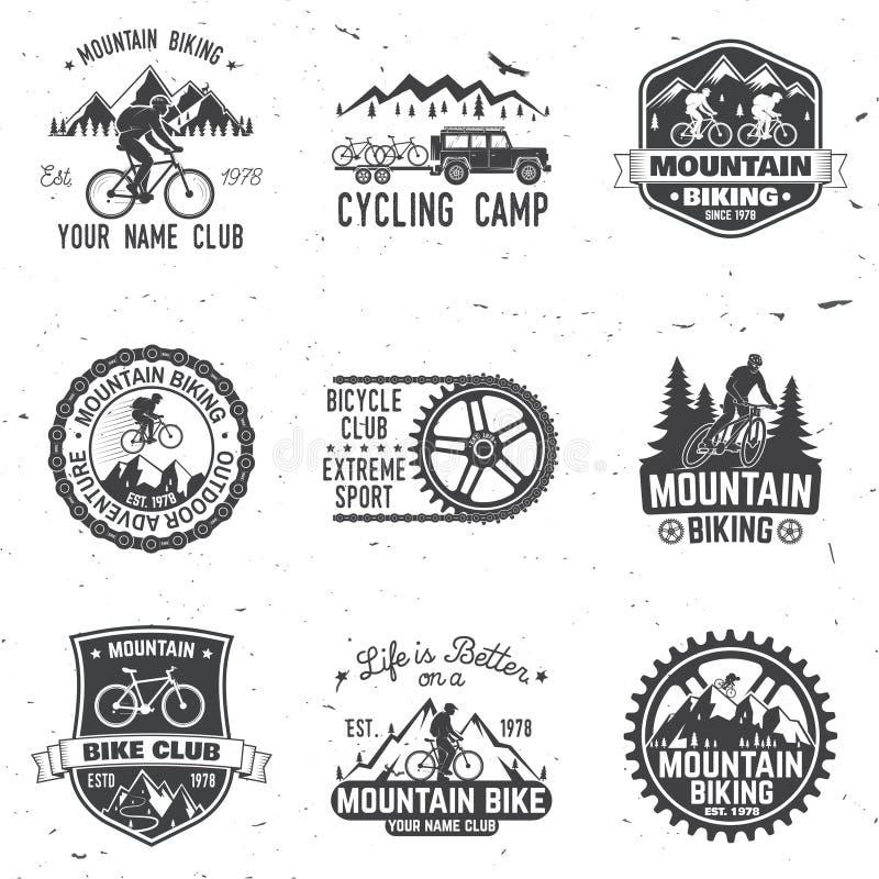 Grupo de clubes dos bikings da montanha Ilustração do vetor ilustração stock