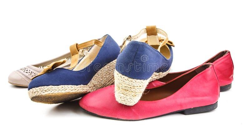 Grupo de cor diferente e estilo dos calçados casuais imagens de stock royalty free