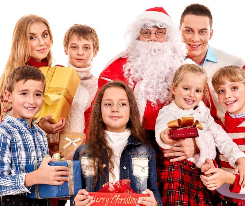 Grupo de crianças com Papai Noel fotos de stock royalty free