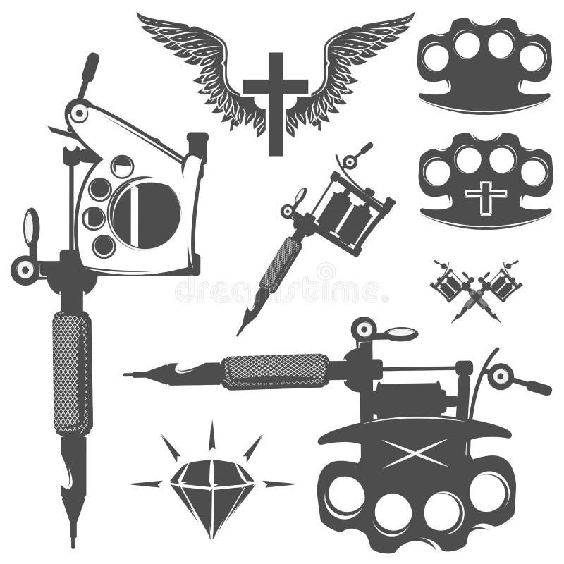 Grupo de elementos da tatuagem e de máquinas da tatuagem ilustração royalty free