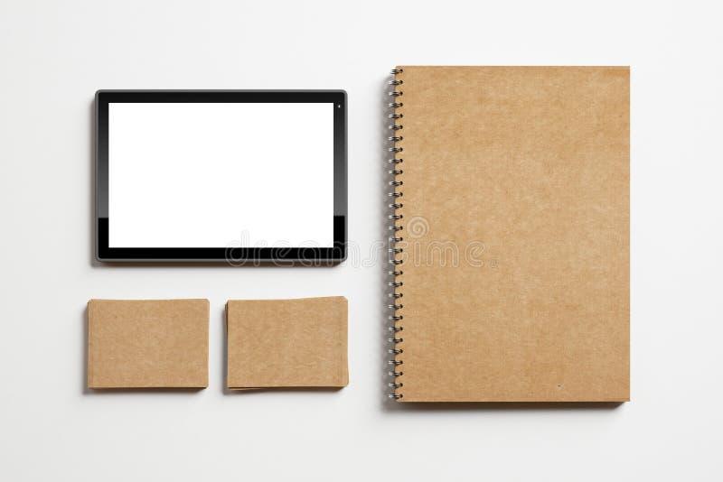 Grupo de elementos e de tabuleta de identidade imagens de stock royalty free