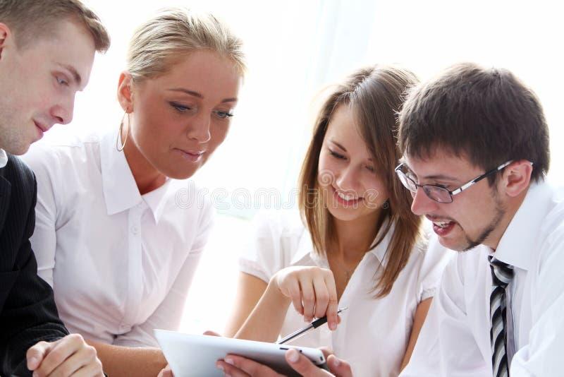 Grupo de empresários na reunião imagens de stock royalty free