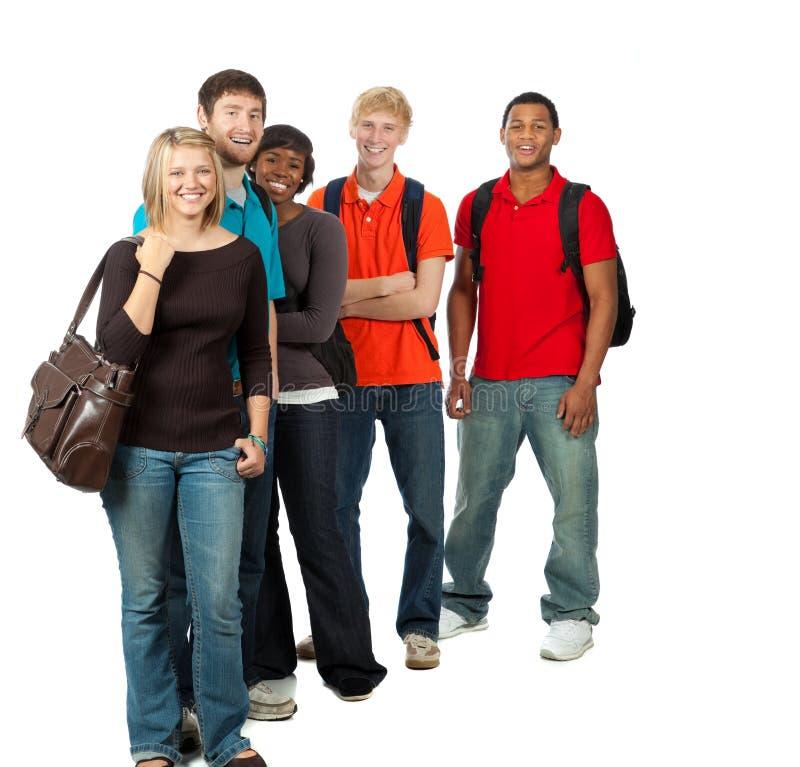 Grupo de estudiantes universitarios multirraciales imagen de archivo