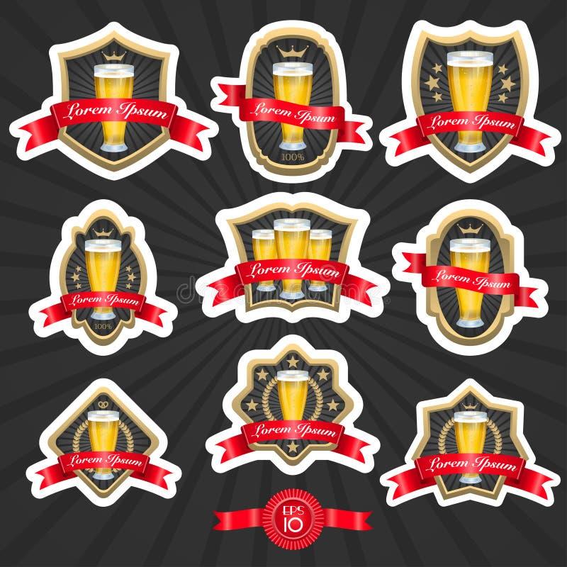 Grupo de etiquetas 2 da cerveja ilustração royalty free