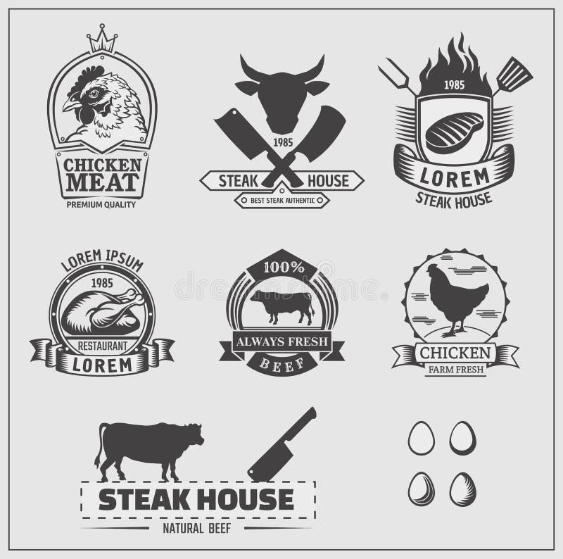 Grupo de etiquetas da galinha e da carne, emblemas e elementos do projeto ilustração do vetor