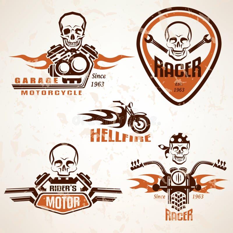 Grupo de etiquetas da motocicleta do vintage, de crachás e de sagacidade dos elementos do projeto ilustração royalty free