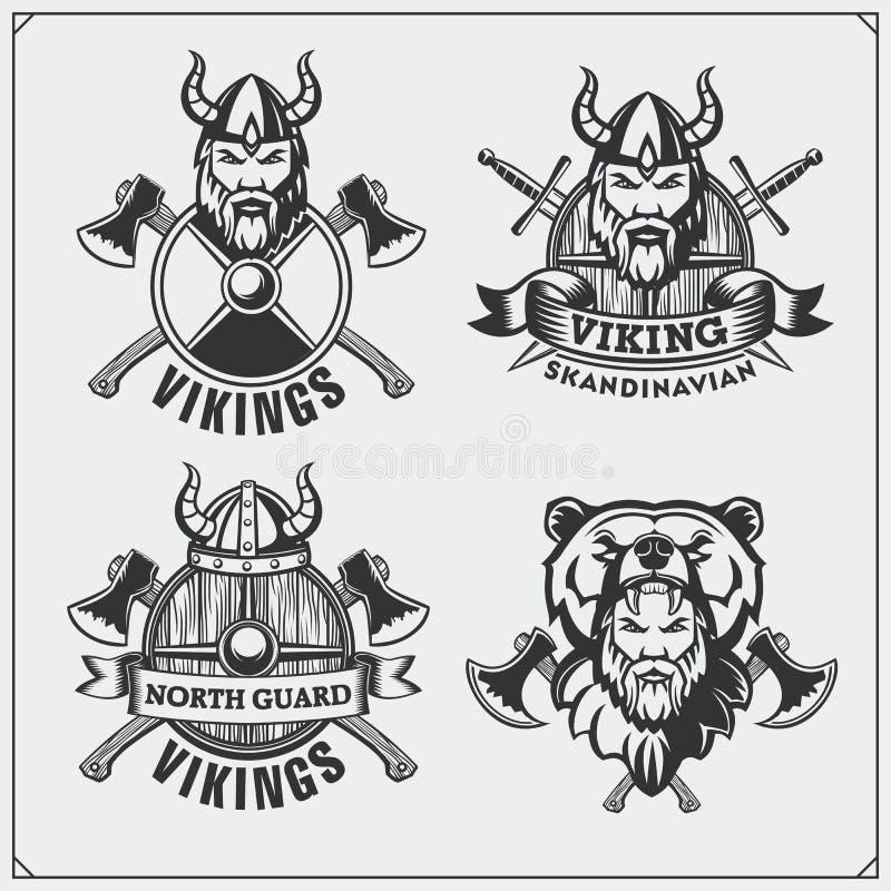 Grupo de etiquetas, de crachás e de emblemas de viquingue Capacete, guerreiro, protetor, espada e machado Horned Estilo do vintag ilustração do vetor