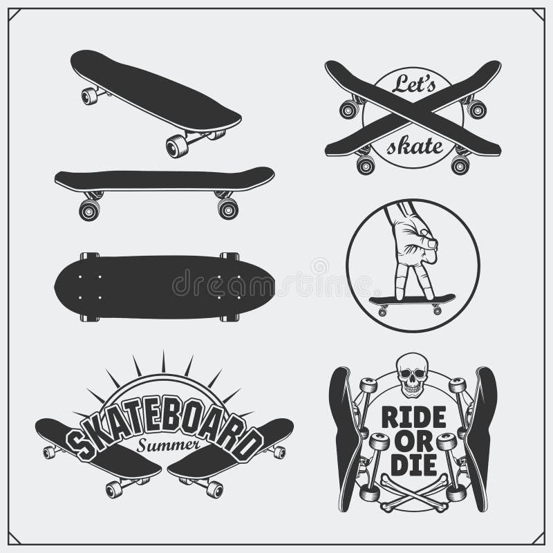 Grupo de etiquetas, de emblemas, de crachás e de elementos skateboarding do projeto ilustração royalty free