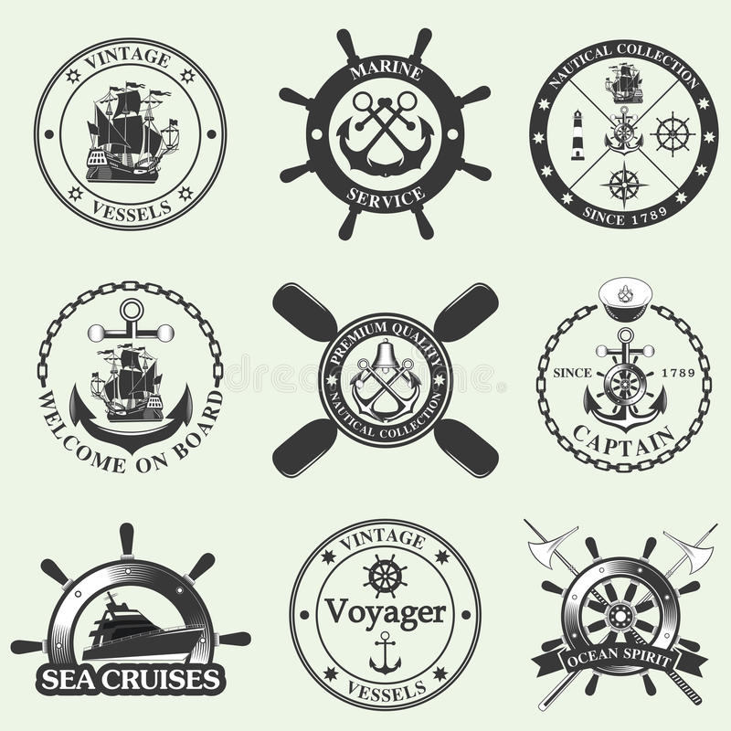Grupo de etiquetas do vintage, de ícones e de elementos náuticos do projeto ilustração stock